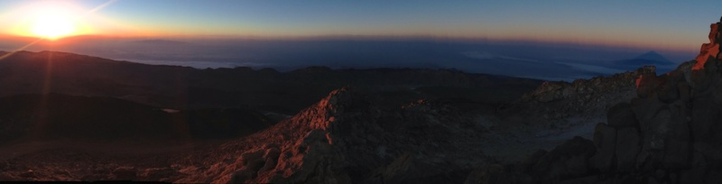 Sunrise from the highest peak in Spain (Teide, Tenerife)