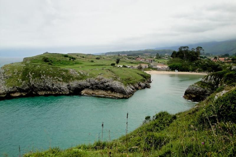 Playa de Po, Llanes (Asturias)
